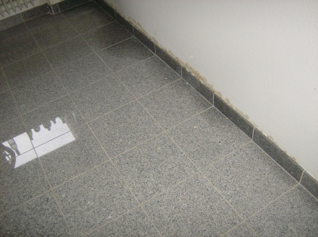notdienst m hlhausen korrisionsschaden trinkwasserleitung mit w rmebild geortet rohrbruch. Black Bedroom Furniture Sets. Home Design Ideas