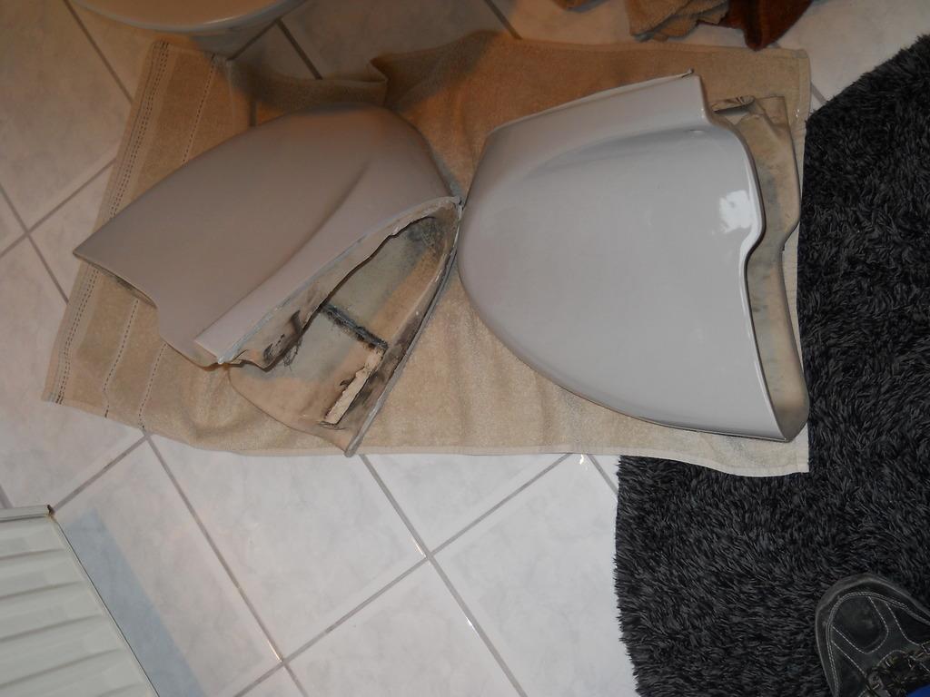 hockenheim siphon rottete hinter verkleidung vor sich hin zum thema waschbecken siphon. Black Bedroom Furniture Sets. Home Design Ideas